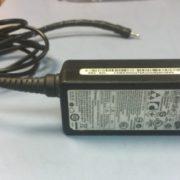 Блок питания для ноутбука Samsung 19v. 2.1A Б/У
