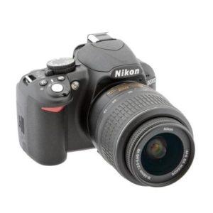 Фотоаппарат зеркальный Nikon D3100 в хорошем состоянии