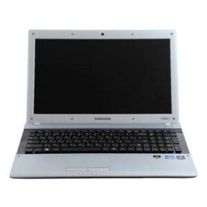 Ноутбук SAMSUNG RV520 на разбор