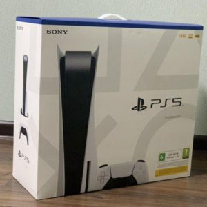 Sony Playstation 5 CFI-1008A (825 GB) 2 джойстика